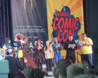 Comic-Con-2018-12-01-IMG_5660-1000